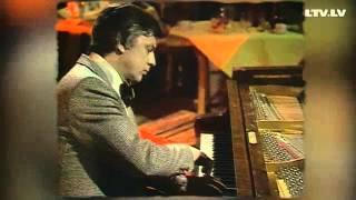 """""""Ielūdz Raimonds Pauls"""" (1979)"""