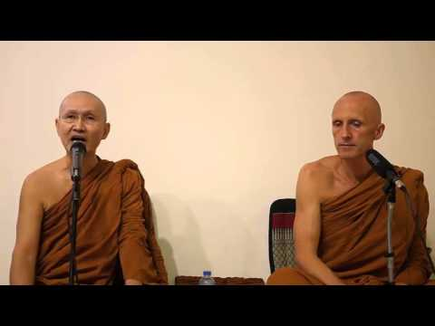 Ajahn Dtun - How To Adopt A Beginner's Mind By Lessening Attachment To One's Views