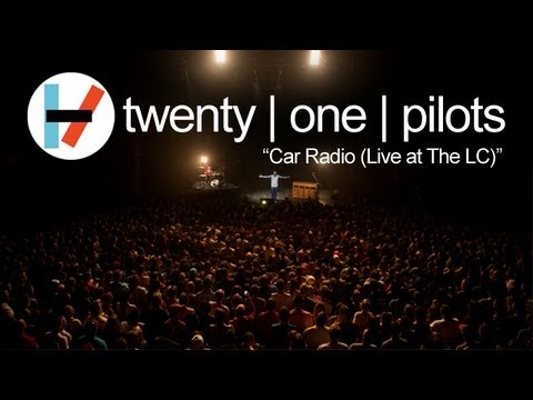 twenty one pilots: Car Radio (LIVE)