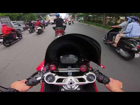 Thanh niên lần đầu niếm mùi SPORTBIKE. Cưỡi Ducati Panigale 899 dạo phố Xì Gầu - Đẹp nhưng mà mỏi!