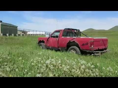 Dodge Dakota 4X4 Sport Pickup Truck  Trashed on Magdalen Islands