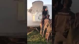 هبوط اضطراري لطائرة ايرانية في شوارع مدينة الاهواز