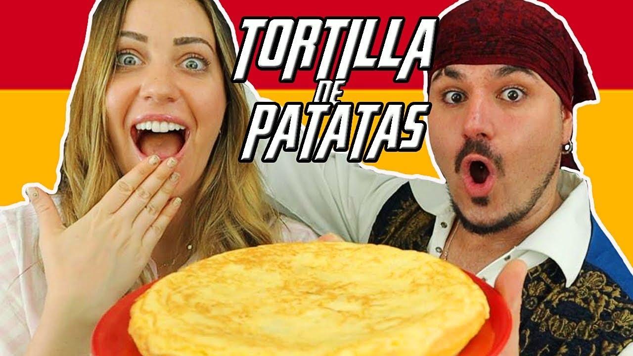 Cocinando TORTILLA DE PATATAS ft. LA COCINA DEL PIRATA 🇪🇸 ¿Con o sin cebolla? | GLADYS SEARA