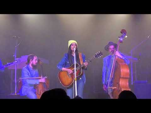 Kacey Musgraves - Love Is a Wild Thing - live at The Van Buren Phoenix - 2/13/2019