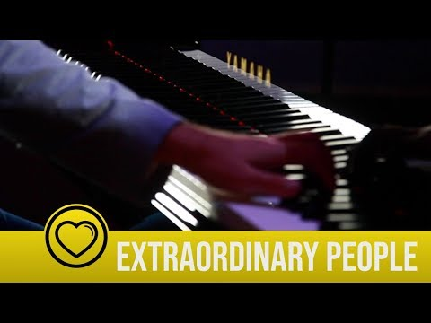 Incredible performance by world's only one-armed concert pianist