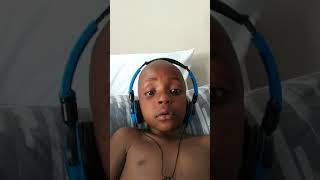 Gambar cover Siyamthanda Mamba singing sbahle by mlindo  the vocalist