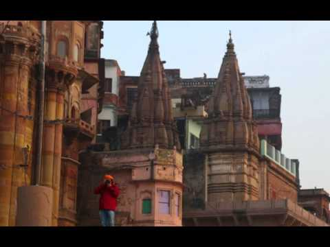 Varanasi - The city of death - The city of life - larger version