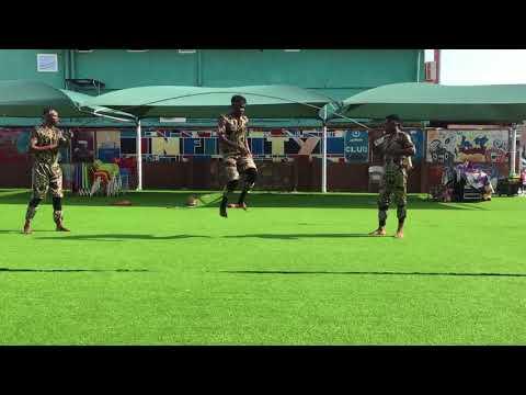 AA009 Ghana Acrobatic 2 act