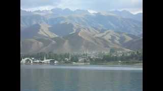 Иссык-Куль..озеро...возле великих гор..(Иссык-Куль...пляж...раннее утро..., 2013-03-02T04:16:19.000Z)