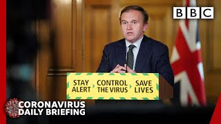 Coronavirus: UK death toll hits 35,000 and jobless claims soar - Covid-19 update 🔴 - BBC