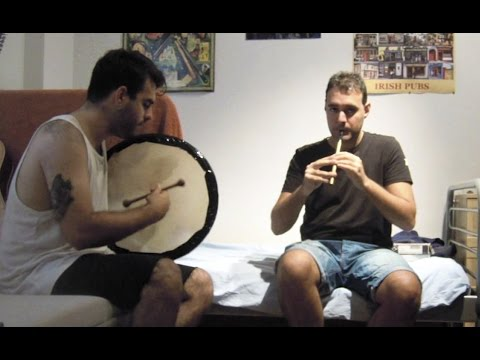 The London Lasses Reel on tin whistle and bodhrán