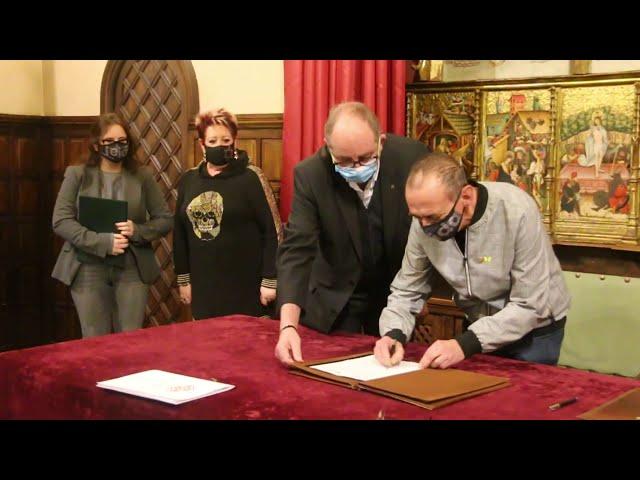 Conveni per a reactivar la Xarxa Solidària de Lleida