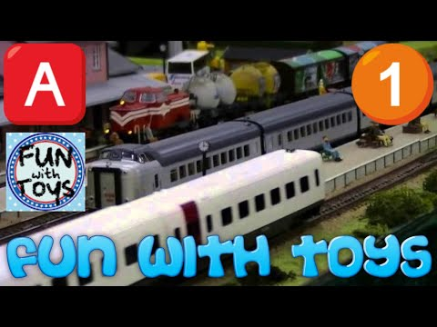 Christmas Song - Jingle Bells -  Model Train (00781 - 00785)
