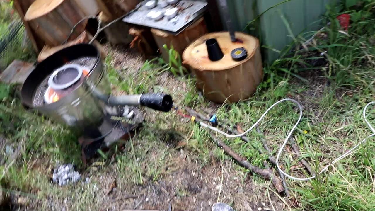 backyard furnace tests graphite crucible w aluminium youtube