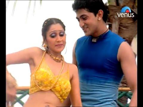 Tarak mehta Daya bhabhi Disha vakani (dayaben) rare Hot navel dance