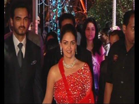 Esha Deol At Sister Ahana Deols Wedding Reception Youtube