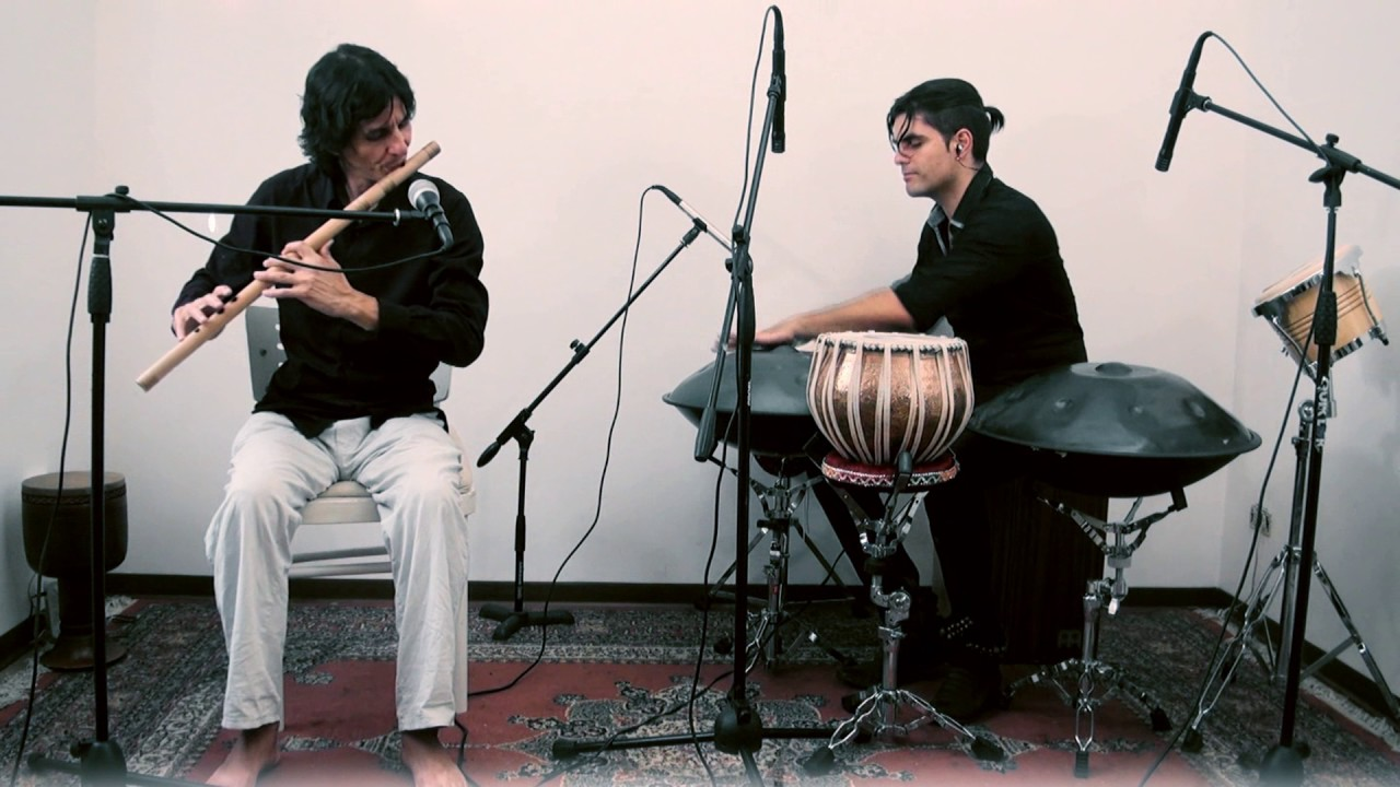 Handpans and bansuri - Loris Lombardo & Daniele Dubbini