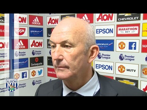 Tony Pulis reacts to Manchester United stalemate