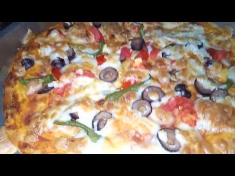 صورة  طريقة عمل البيتزا اسهل واوفر طريقه لعمل البيتزا  تعالو شوفو ها😋😋 طريقة عمل البيتزا من يوتيوب