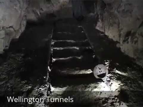 Places To See In ( Arras - France ) Wellington Tunnels - Memorial To The Battle Of Arras