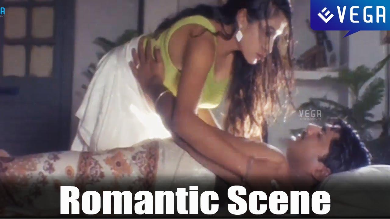 Download English Pellam Eastgodavari Mogudu Movie : Romantic Scene   Ramya Krishna, Srikanth
