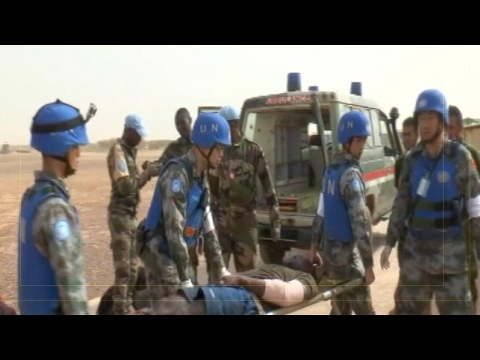 Chinese UN peacekeeping medical team treat wounded Malian soldiers