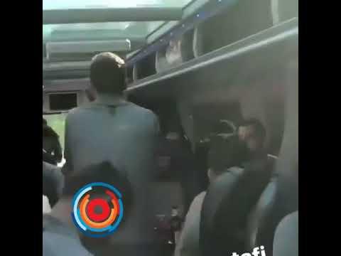 Футболисты Арсенала спели армянский хит «Ми гна»