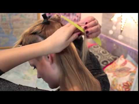 How to apply tape in hair extensions by yourself youtube how to apply tape in hair extensions by yourself solutioingenieria Choice Image
