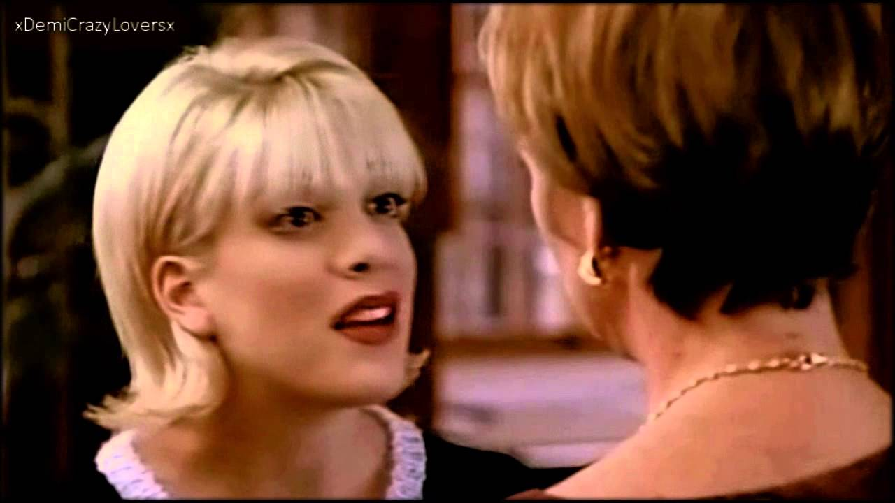 Tori Spelling as Donna in Beverly Hills 90210! (Season 5) - YouTube