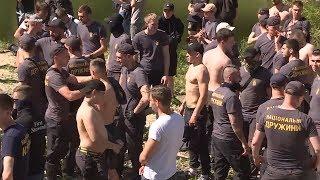 Активісти прорвалися до маєтку Льовочкіна після сутичок із поліцією