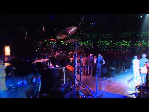 Dariush - 'Donyaye In Roozaye Man (Live At Gibson Amphitheatre)' Video - RadioJavan.com.mp4