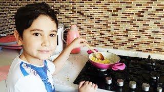 Video Kerem Mutfakta 1. Bölüm Yumurta Pişiriyoruz download MP3, 3GP, MP4, WEBM, AVI, FLV Desember 2017