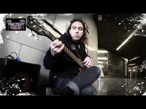 Kiss love gun bass cover