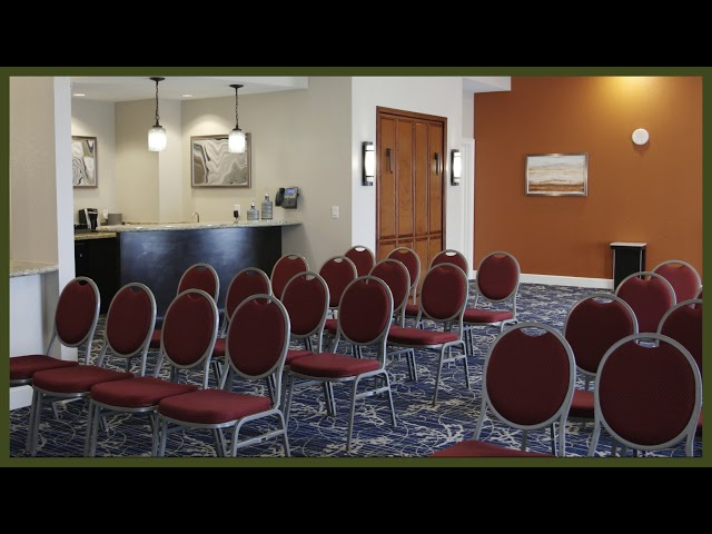 Rosen Shingle Creek Hospitality Suite Theater Set