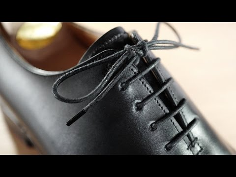 how-to-lace-&-tie-dress-shoes