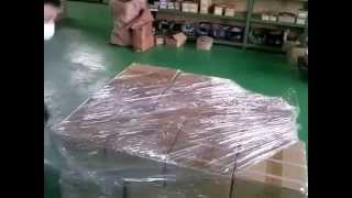 パレットラップ 巻きの一例です。 This is one of how to wrap a pallet...