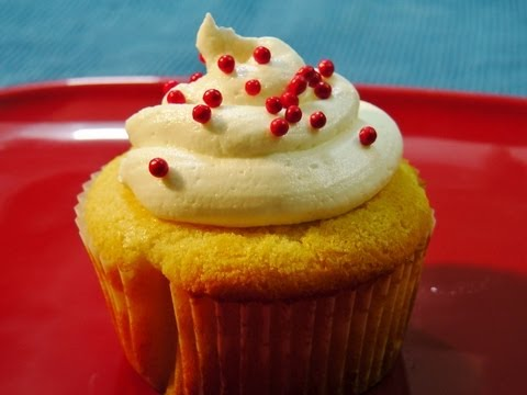 Make Eggless Vanilla cupcake (with Butter Cream Icing) Images