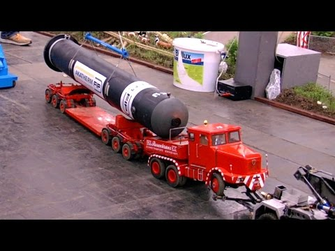 Rc Scale Model Truck Heavy Transport And The Worldwide Largest Crane Intermodellbau 2017