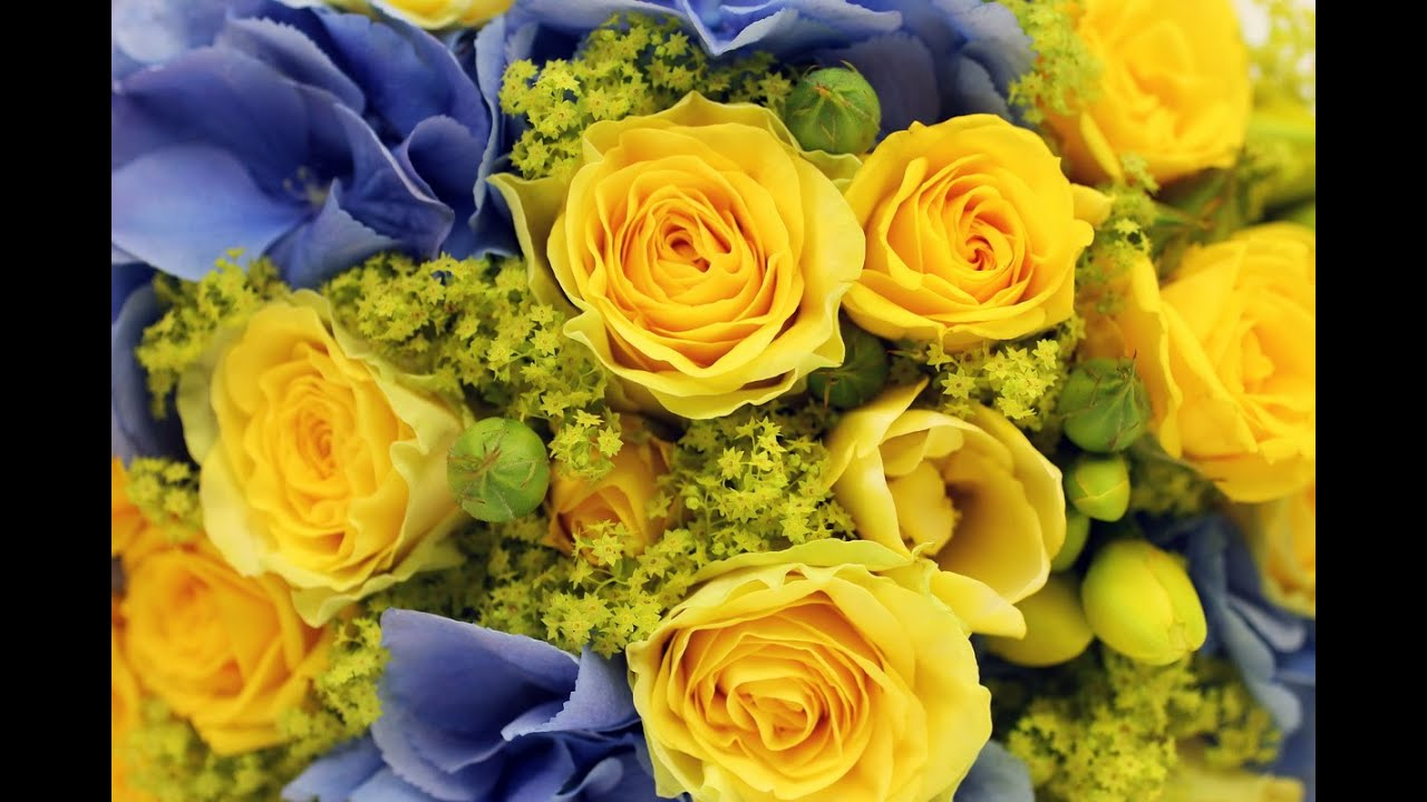 Yellow Blue Wedding Colour Scheme Ideas Summer Bridal Bouquets