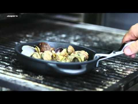 Receta de almejas al Hornos de Carbón Josper / Charcoal ovens Josper baked clams recipe