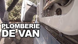 La police aime mon van + un peu de plomberie(, 2016-04-13T18:13:31.000Z)