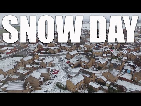 Family snow day + taking the drone out in the snow | Vlogmas 2017 Day 11