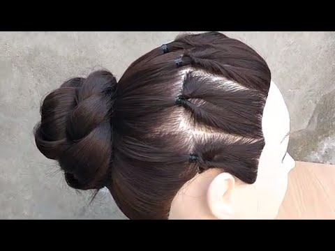Awesome Easy BUN Hairstyle For Party  \\  Bun Hairstyle For Medium Hair thumbnail