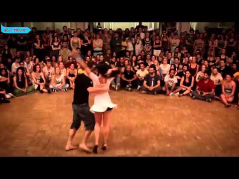 La Mordidita  Ricky Martin ft Yotuel  Vídeo  RP Music con coreografia