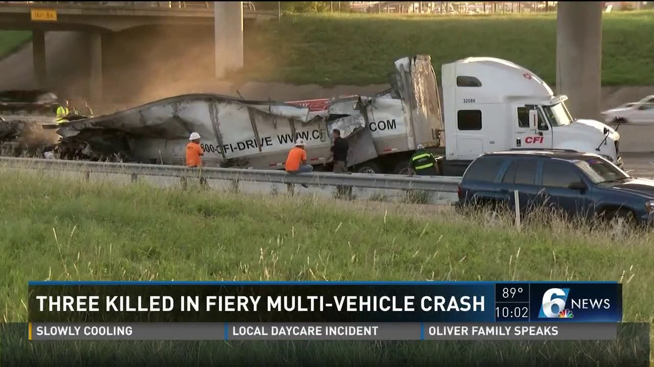 3 dead in Waco accident which shuts down I-35 for Awards