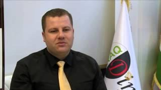 الحكومة العراقية تدعم سعر صرف الدينار مقابل الدولار