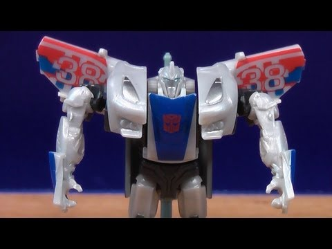 TRANSFORMERS PRIME BEAST HUNTERS CYBERVERSE SMOKESCREEN TOY REVIEW!!...