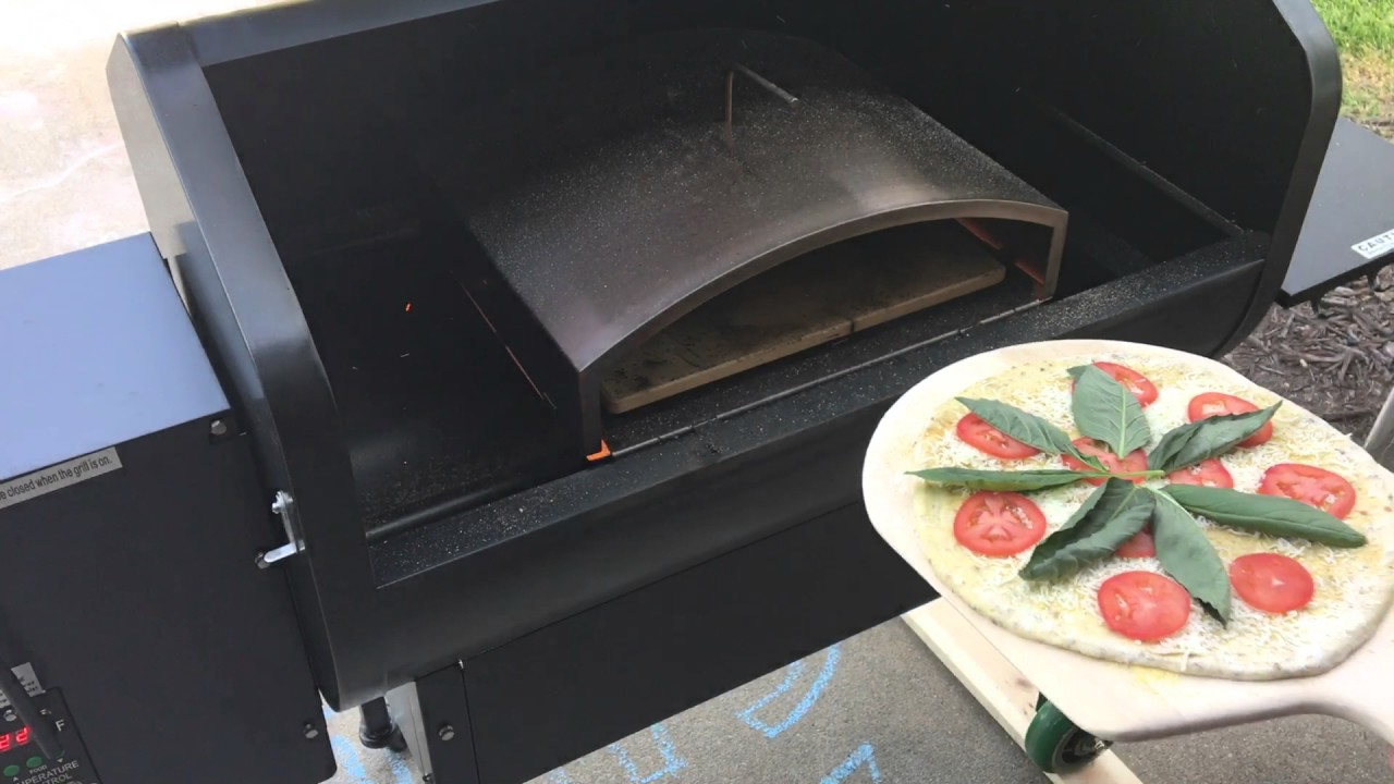 Margherita Pizza On Green Mountain Grill S Pizza Oven