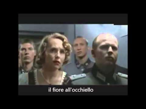 Hitler si incazza per il senso unico a Castione della Presolana