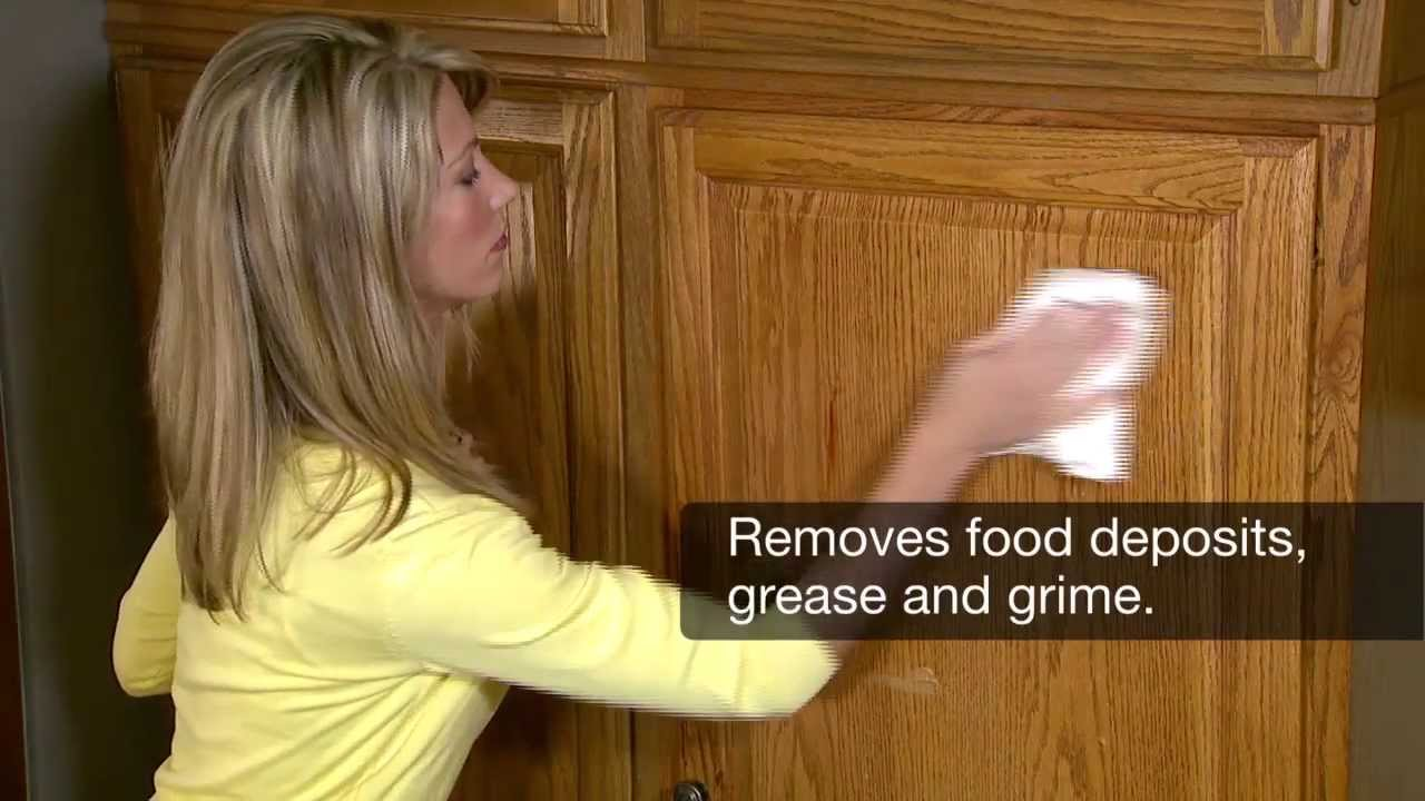 How to clean dirty kitchen wood cabinets for Best product to clean grease from kitchen cabinets